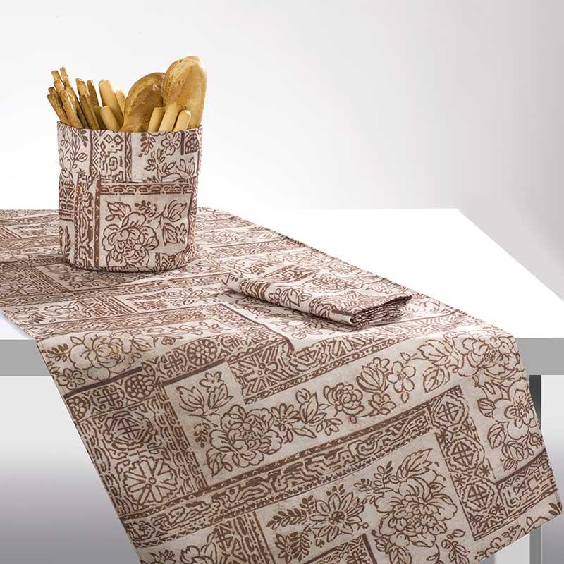 Runner da tavolo con disegno batik